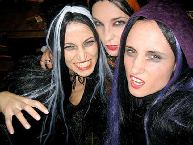 Romanian witches go online