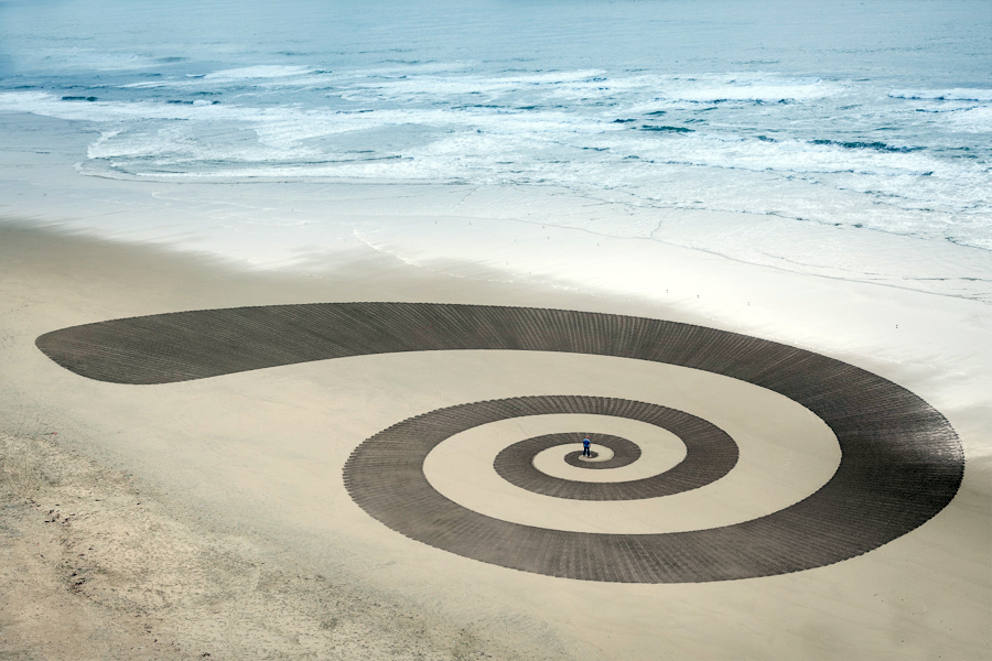 Jim Denevan – The Earth is his Canvas- From The Sand Series 07