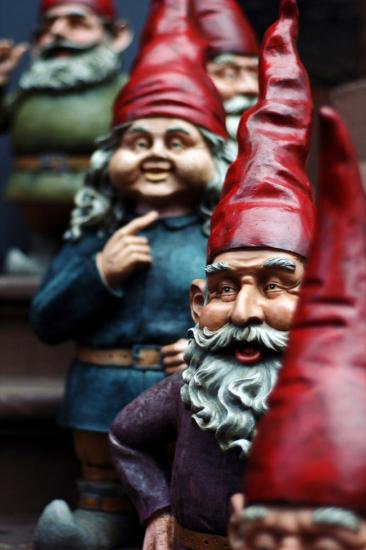 Elaborate prank leaves Oregon officers in custody of gnomes