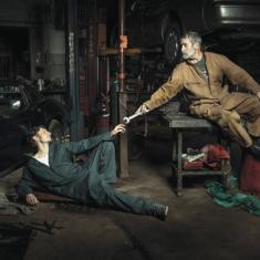 Mechanics Recreate Renaissance Paintings