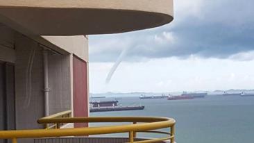 Singapore large water spout
