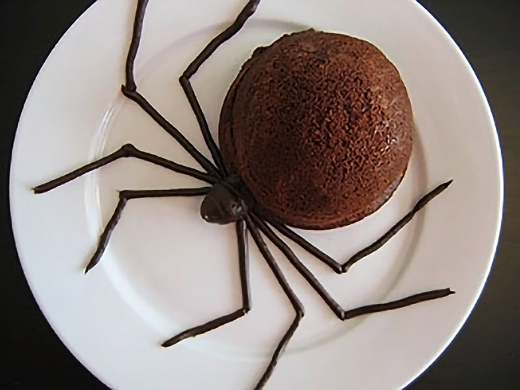 Creepy crawly cakes — in time for Halloween