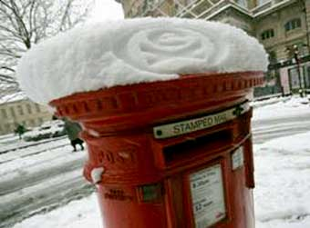 Guerilla Snow Stamping in London
