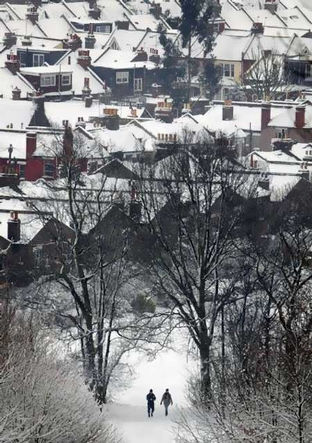 Some great photo's of UK snowstorm