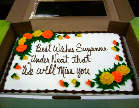 Walmart custom cakes? What could possibly go wrong?